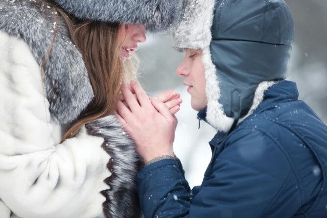 Zimą skóra potrzebuje więcej ciepła (Shutterstock)
