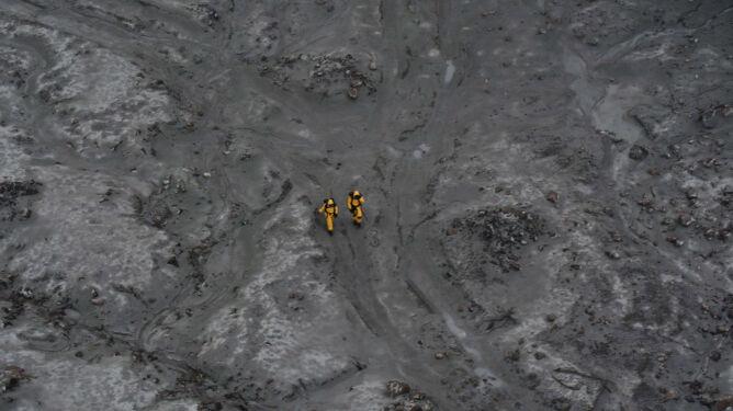 18 zabitych przez wulkan-wyspę. Ciał dwóch z nich jeszcze nie odnaleziono