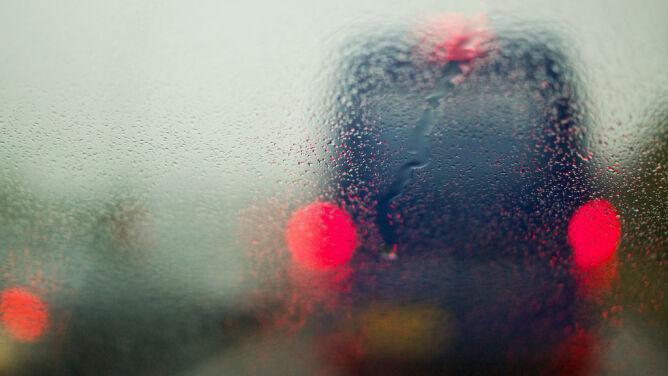 Wiele pogodowych utrudnień na drogach