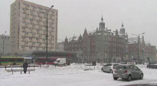 Śnieżny poranek w Katowicach (TVN24)